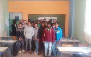 Οι τέσσερις Γάλλοι εκπαιδευτικοί επισκέφθηκαν το 2ο Γυμνάσιο Διαπολιτισμικής Εκπαίδευσης Ελληνικού.