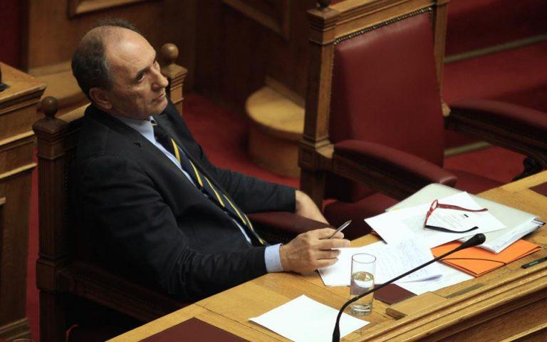 Γ. Σταθάκης: Οι δανειστές θέλουν την πώληση των κόκκινων δανείων