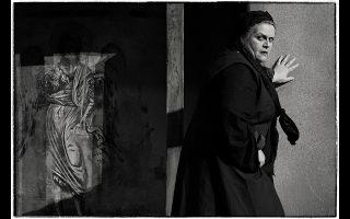 Μια μεγαλειώδης παραγωγή σε μουσική διεύθυνση Βασίλη Χριστόπουλου, σκηνοθεσία Αλέξανδρου Ευκλείδη, σκηνικά Πέτρου Τουλούδη, κοστούμια Πέτρου Τουλούδη - Ιωάννας Τσάμη και φωτισμούς του Βινίτσιο Κέλι. Φραγκογιαννού (Φόνισσα): Τζούλια Σουγλάκου (16 και 20 Απριλίου)