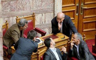 «Στα όρια του μπούλινγκ» ήταν η φραστική επίθεση των δικηγόρων σε βάρος μελών του Κοινοβουλίου, είπε ο πρόεδρος της Βουλής Ν. Βούτσης.