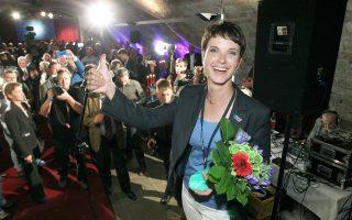 Η επικεφαλής του ξενοφοβικού AfD, Φράουκε Πέτρι.
