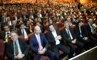 Στιγμιοτυπο από την ετήσια Γενική Συνέλευση των μελών του ΣΕΤΕ με την παρουσία του πρωθυπουργού.