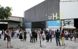 Στόχος του Ελληνικού Φεστιβάλ είναι να έχουν ικανοποιηθεί έως το τέλος της χρονιάς οι περυσινές και οι φετινές οικονομικές εκκρεμότητες και να βρεθεί νέα, φθηνότερη στέγη για τα γραφεία διοίκησης.