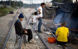 """«Δηλαδή μας λένε (σ.σ. η ΠΓΔΜ) ότι έχει περάσει παράνομα πληθυσμός όσο και μια """"Ειδομένη"""". Μα, τότε, ο καταυλισμός στα σύνορα θα είχε αδειάσει», είπε ο εκπρόσωπος για το προσφυγικό Γιώργος Κυρίτσης."""