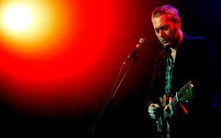 Ο Στούαρτ Στέιπλς, ο ευφυής τραγουδιστής και συνθέτης των Tindersticks, που έρχονται για δύο συναυλίες στην Αθήνα.