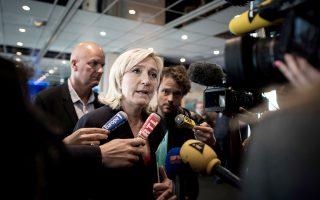 Η Μαρίν Λεπέν έχει αναδειχθεί σε ένα από τα σημαντικότερα σύμβολα της σύγχρονης ευρωσκεπτικιστικής τάσης στην Ευρώπη.