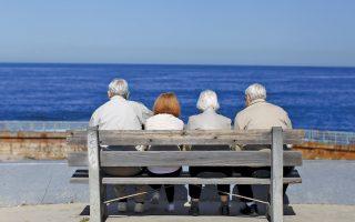Η λιτή ζωή, ο αργός ρυθμός της καθημερινότητας, η μεσημεριανή σιέστα και η φυσική δραστηριότητα δείχνουν να συμβάλουν στη μακροζωία.