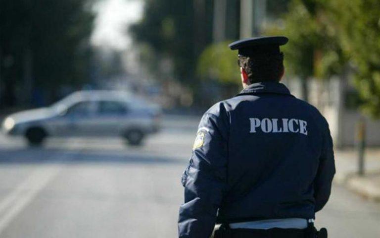 Σύλληψη δύο ατόμων για παράνομη οπλοκατοχή