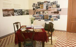 Στους χώρους της Λαογραφικής Συλλογής Βιλλίων μπορεί κανείς να δει τη σκευή ενός παραδοσιακού νοικοκυριού, καθώς και άλλα ιστορικά αντικείμενα.