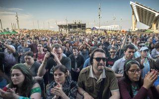 Περισσότεροι από 200 χιλιάδες φίλοι της μουσικής και 250 γκρουπ και καλλιτέχνες συναντήθηκαν στο εκπληκτικό φέτος φεστιβάλ Primavera Sound της Βαρκελώνης.