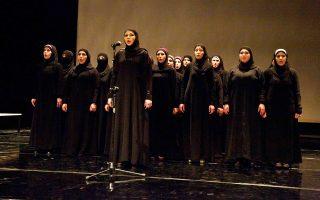 Ως σύγχρονες Τρωάδες, οι 13 ηθοποιοί - πρόσφυγες της παράστασης «Βασίλισσες της Συρίας» έχασαν σχεδόν τα πάντα εξαιτίας του πολέμου.