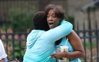 «Θέλω δικαιοσύνη, θέλω ειρήνη», φωνάζει η σύντροφος του Φιλάντο Καστίλ, ο οποίος δολοφονήθηκε στη Μινεσότα.