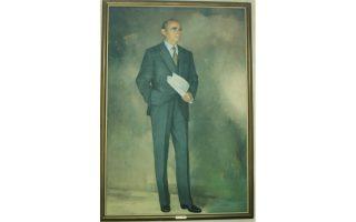 Κωνσταντίνος Γ. Καραμανλής (1907-1998). Το πορτρέτο του Προέδρου και πρωθυπουργού της Αποκατάστασης της Δημοκρατίας δεσπόζει στο Ιδρυμα «Κωνσταντίνος Γ. Καραμανλής», έργο Μιχάλη Βαφειάδη.