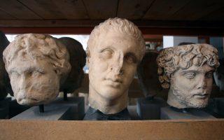 Φωτογραφία από τις αποθήκες του Εθνικού Αρχαιολογικού Μουσείου.
