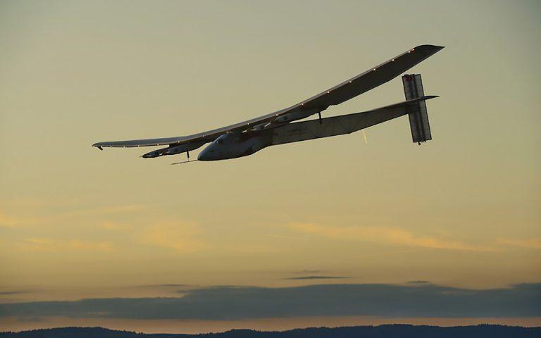 o-athlos-toy-solar-impulse-2-2144800