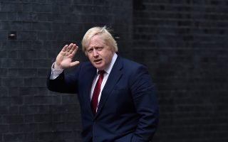 «Αν ο Μπ. Τζόνσον ήταν επικίνδυνος για τη Βρετανία ως υπέρμαχος του Brexit, ως υπουργός Εξωτερικών είναι επικίνδυνος για τον κόσμο», έγραψε ο Indepedent.