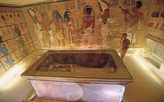 Ο τάφος του Τουταγχαμών, του Φαραώ που πέθανε σε ηλικία μόλις 18 ετών. Βρέθηκε ασύλητος στις αρχές του προηγούμενου αιώνα και παραμένει ανεξάντλητος θησαυρός για τους αρχαιολόγους.