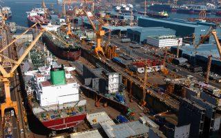 Στην ποντοπόρο ναυτιλία έχουν γίνει οι μεγαλύτερες συμφωνίες τα τελευταία χρόνια, λόγω των ναυπηγήσεων των Ελλήνων εφοπλιστών στην Κίνα.