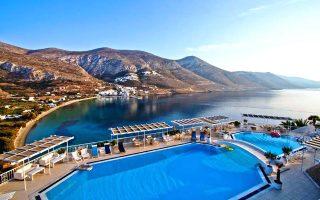 axechastes-diakopes-sto-pentastero-pleon-aegialis-hotel-amp-038-spa0