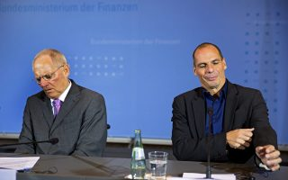 Ο κ. Γκάλμπρεϊθ ήταν παρών στη συνάντηση Βαρουφάκη - Σόιμπλε στις 8 Ιουνίου 2015 στο Βερολίνο, όπου η πρόταση για Grexit προήλθε από την άλλη πλευρά.