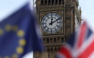 «Ακόμη και εάν γνωρίζει η Βρετανία τι ακριβώς θέλει, τα υπόλοιπα 27 κράτη-μέλη πρέπει να συμφωνήσουν ομόφωνα σε μια κοινή θέση», δηλώνει υψηλός αξιωματούχος της Ε.Ε.