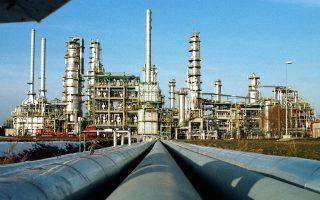 Στην αγορά εμπορευμάτων εντείνεται η αίσθηση ότι ο ΟΠΕΚ μπορεί τον Σεπτέμβριο να καταλήξει σε συμφωνία για «πάγωμα» της παραγωγής του, γεγονός που ενισχύει την τιμή του πετρελαίου.