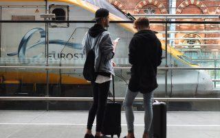 Επταήμερη απεργία ανακοίνωσαν και οι εργαζόμενοι στα τρένα Eurostar, που συνδέουν τη Βρετανία με την ηπειρωτική Ευρώπη μέσω της σήραγγας της Μάγχης.