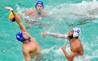 Το γκολ του Βλαχόπουλου ισοφάρισε 8-8 την Ουγγαρία στην εκπνοή του ματς και η Ελλάδα πανηγύρισε ξανά.