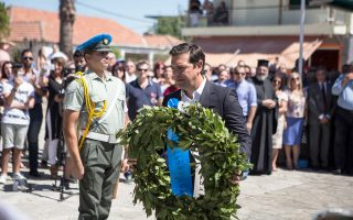 Ο Αλέξης Τσίπρας συμμετείχε χθες στην επίσημη εκδήλωση στο Κομμένο Αρτας εις μνήμην των 317 θυμάτων της ναζιστικής θηριωδίας στις 16 Αυγούστου του 1943.