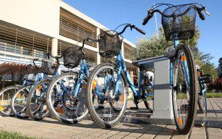 Το 2013 ιδρύθηκε το Τhessbikes και πλέον υπάρχουν παντού διάσπαρτοι σταθμοί ποδηλάτων.