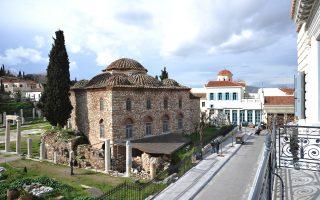 Το Φετιχιέ Τζαμί θεωρείται, κατά μία άποψη, δημιούργημα της πρωτεύουσας που είχε ως πρότυπο τον ναό της Αγίας Σοφίας.
