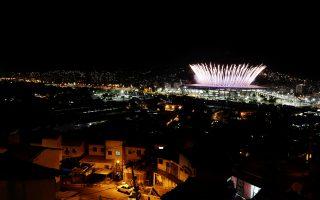 Οι επικριτές πιστεύουν ότι δεν επωφελήθηκαν όλες οι περιοχές του Ρίο εξίσου από τη διοργάνωση των Αγώνων.
