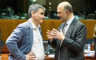 Ο υπουργός Οικονομικών Ευκλ. Τσακαλώτος με τον επίτροπο Οικονομικών Υποθέσεων Πιερ Μοσκοβισί σε παλαιότερη συνεδρίαση του Ecofin, την Τετάρτη 25 Μαΐου 2016, στις Βρυξέλλες.