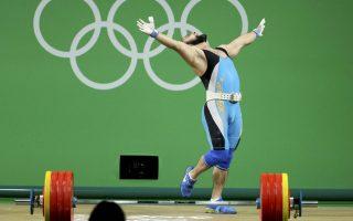 Θα φέρω και δυο βόλτες. Το χρυσό μετάλλιο πανηγυρίζει ο Nijat Rahimov από το Καζακτστάν. REUTERS/Stoyan Nenov