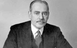 Ο μεσολαβητής για το Κυπριακό, πρώην υπουργός Εξωτερικών, Ντιν Ατσεσον ήταν ένας από τους σχεδιαστές της αμερικανικής εξωτερικής πολιτικής κατά τη διάρκεια της προεδρίας Τρούμαν και διαδραμάτισε καταλυτικό ρόλο στην εξαγγελία του ομώνυμου δόγματος για την Ελλάδα και την Τουρκία.