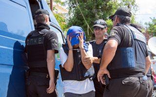 Σύμφωνα με όλες τις ενδείξεις, η υπόθεση των οκτώ Τούρκων στρατιωτικών που έχουν ζητήσει άσυλο φαίνεται ότι θα «λιμνάσει» για μήνες στην Αθήνα.
