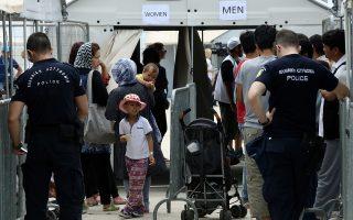 Στοιχεία της Υπηρεσίας Ασύλου καταγράφουν έντονη μετακίνηση οικογενειών και όχι απλώς ανδρών που μεταναστεύουν για αναζήτηση εργασίας.
