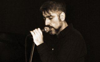 Ο Θάνος Ανεστόπουλος υπήρξε ένας ποιητής της ροκ, γνήσιος εκφραστής μιας προσωπικής μουσικής.
