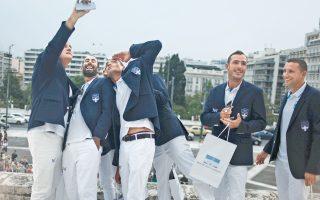 Λίγη ολυμπιακή λάμψη προσέδωσαν χθες στο ελληνικό Κοινοβούλιο οι αθλητές και οι ολυμπιονίκες που εκπροσώπησαν τη χώρα μας στους πρόσφατους Αγώνες του Ρίο. Στους σύντομους χαιρετισμούς τους στη Διαρκή Επιτροπή Μορφωτικών Υποθέσεων, επεσήμαναν την αναγκαιότητα μεγαλύτερης βοήθειας που απαιτείται από την πολιτεία κατά τη διάρκεια της ολυμπιακής προετοιμασίας, καθώς και τη συνεχή προσπάθεια προσέλκυσης νέων παιδιών στον αθλητισμό.