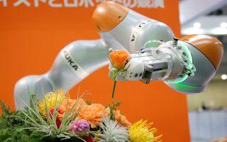 Η Κίνα είναι ήδη ο μεγαλύτερος χρήστης βιομηχανικών ρομπότ παγκοσμίως, αλλά δεν επαναπαύεται, παρά προσπαθεί συνεχώς να επεκτείνει την ισχύ της στον εν λόγω τομέα.