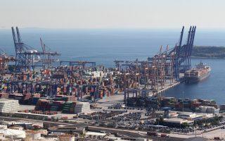 Στα θετικά παραδείγματα αξιοποίησης της δημόσιας περιουσίας ο ΣΕΒ αναφέρει το λιμάνι του Πειραιά και την Cosco, την Αττική Οδό, το αεροδρόμιο Αθηνών, τη γέφυρα Ρίου-Αντιρρίου.