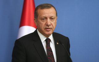 Οι τουρκικές επιχειρήσεις στον συριακό Βορρά θα συνεχιστούν, διεμήνυσε χθες ο Ταγίπ Ερντογάν.