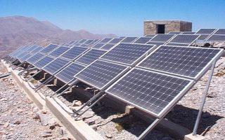 Απόσταση χωρίζει τις δύο πλευρές στο θέμα της αναμόρφωσης του πλαισίου της αγοράς των Ανανεώσιμων Πηγών Ενέργειας (ΑΠΕ) και του μηδενισμού του ελλείμματος του ειδικού λογαριασμού για την αποπληρωμή της «πράσινης ενέργειας».