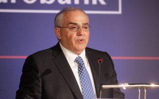 Με τα «Growth Awards» επιδιώκουμε να αναδείξουμε τις επιχειρηματικές εκείνες αρετές που θεμελιώνουν τις προοπτικές για οικονομική και κοινωνική ευημερία», τόνισε ο πρόεδρος της Eurobank, Νικόλαος Καραμούζης.