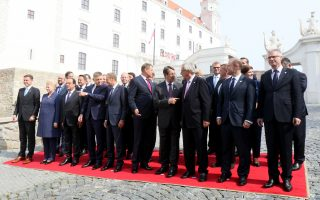 EU leaders gather for a group photo during an EU summit at Bratislava Castle in Bratislava, Friday, Sept. 16, 2016. An EU summit, without the participation of the United Kingdom, in Bratislava will kick off the discussion on the future of EU following Brexit. (AP Photo/Ronald Zak)