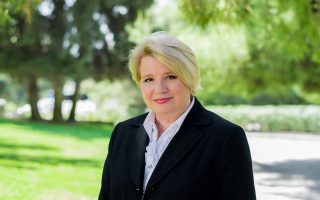 Αργυρώ Κεφάλα (PhD- New York University, USA), καθηγήτρια και υπεύθυνη του μεταπτυχιακού προγράμματος MA in Strategic Communication & Public Relations στο Deree-The American College of Greece