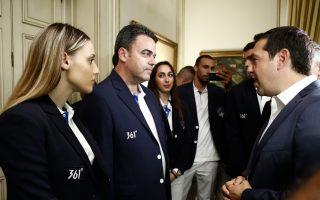 sto-megaro-maximoy-i-elliniki-olympiaki-apostoli0