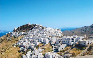 Ο πρόεδρος του ΣΕΤΕ Ανδρέας Ανδρεάδης εκτιμά ότι, πλέον, οι «γκρίζες» μισθώσεις στον χώρο του τουρισμού καλύπτουν πλέον το 10% του συνόλου του ελληνικού τουρισμού, με τάσεις διπλασιασμού καθ' έτος.