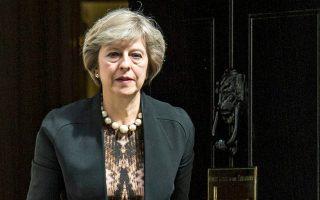 «Δεν εγκαταλείπουμε την Ε.Ε. μόνο και μόνο για να παραδώσουμε και πάλι τον έλεγχο της μετανάστευσης. Και δεν φεύγουμε μόνο και μόνο για να επιστρέψουμε υπό τη δικαιοδοσία του Δικαστηρίου της Ε.Ε.», δήλωσε η Βρετανή πρωθυπουργός.