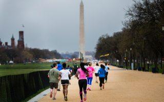 Η πρωινή άσκηση μπορεί να βοηθήσει όσους επιθυμούν να μειώσουν το σωματικό τους βάρος.